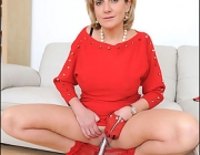 Red pantyhose milf – exclusively at Lady Sonia